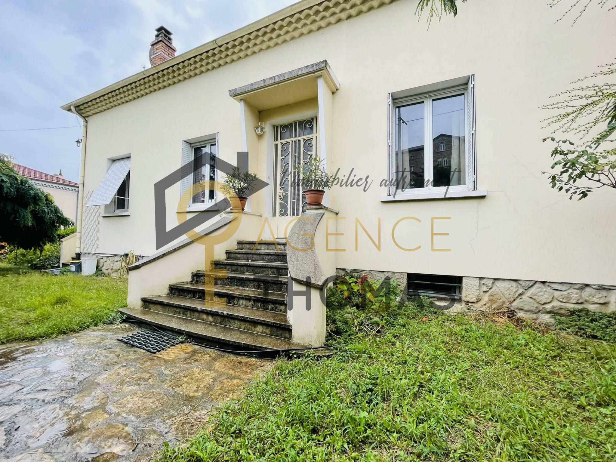À Aubenas, maison à acheter avec terrasse 3 chambres