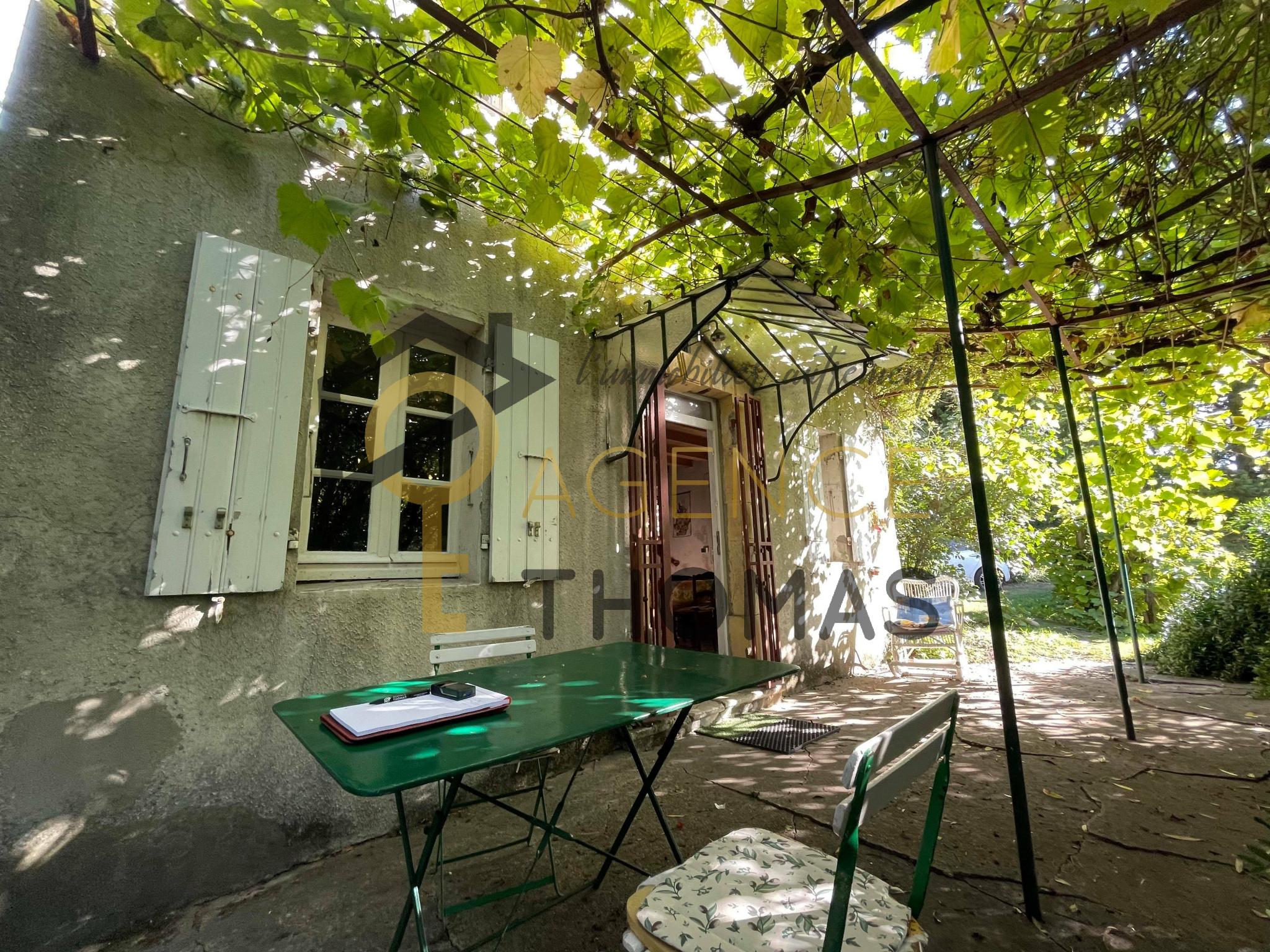 À Montélimar, maison de 70m2 avec 5 pièces à acheter
